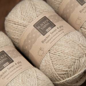 Blacker Swan natural pale fawn Sand 4-ply knitting yarn