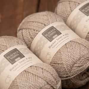 Blacker Swan over-dyed Cinnamon Grass fawn 4-ply knitting yarn