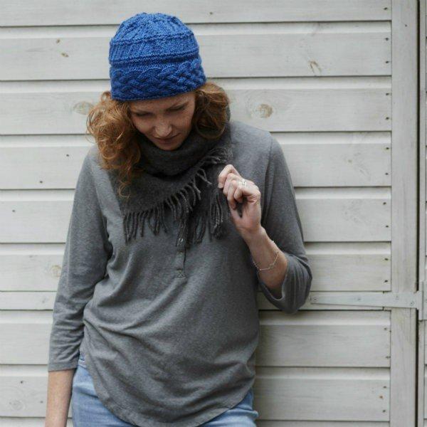 Cornish Garden Cable Hat - Blacker Yarns