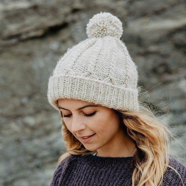Cove Perran Hat Project Kit2 - Blacker Yarns