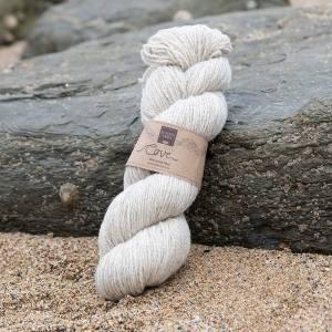 Cove natural sand Treth 4-ply knitting yarn