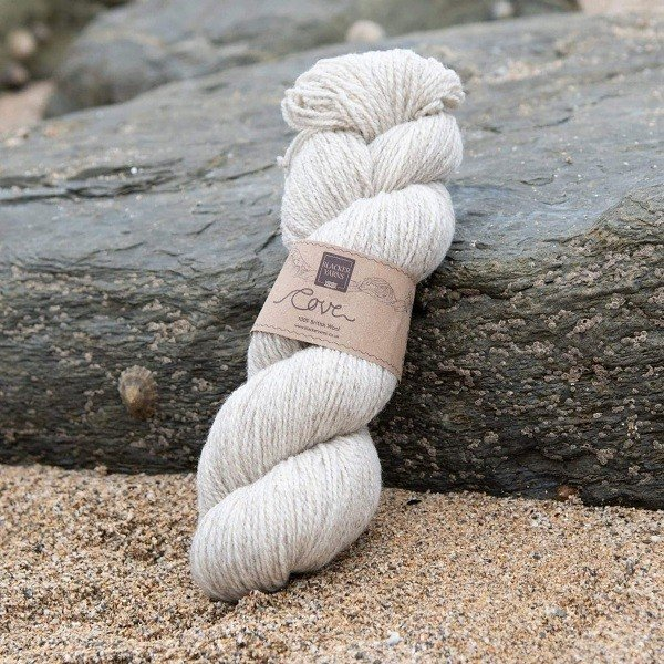 Cove natural sand Treth 4-ply knitting yarn