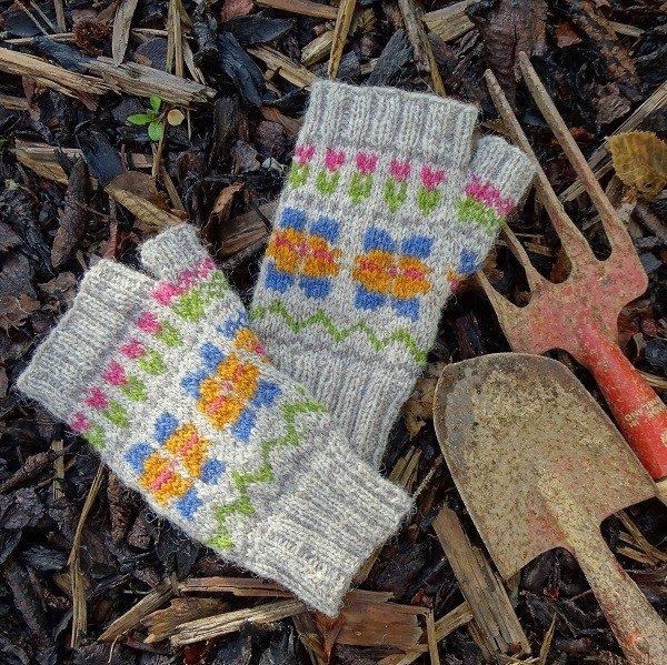 Fair Isle Garden Mitts - Blacker Yarns