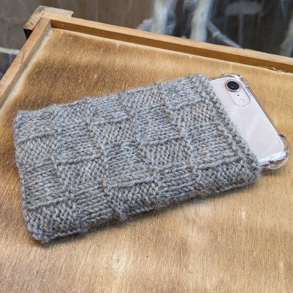 Guernsey Phone Cover - Blacker Yarns