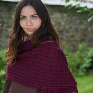 Iridea Wrap Blacker Yarns Free Pattern
