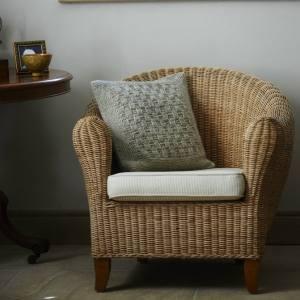 Long Rock Cushion Cover Free Pattern