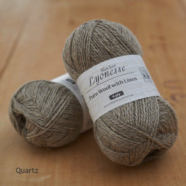 Lyonesse natural Quartz grey 4-ply yarn