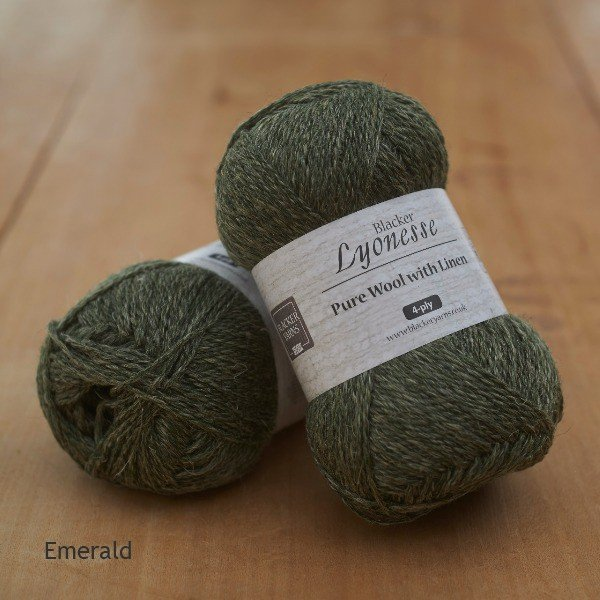 Lyonesse over-dyed Emerald deep green 4-ply yarn