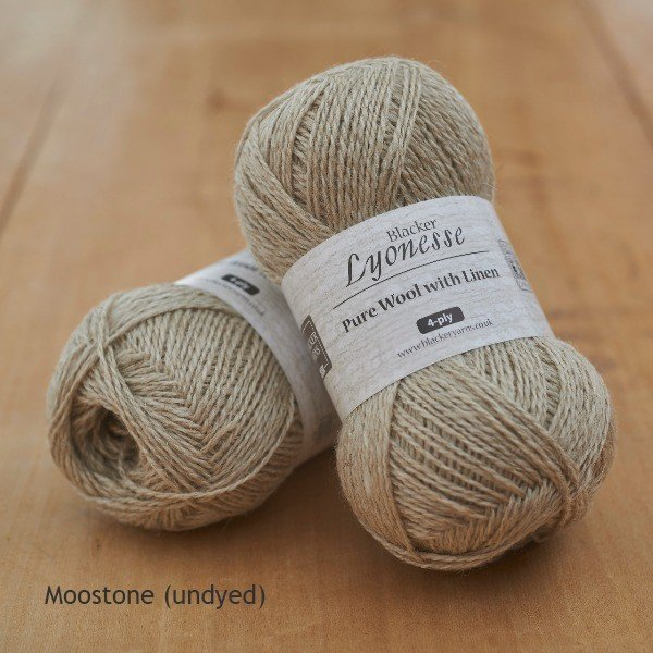 Lyonnesse moonstone undyed 4ply - Blacker Yarns