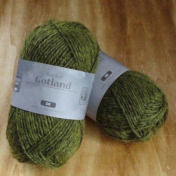 Pure Gotland DK Fog olive knitting yarn