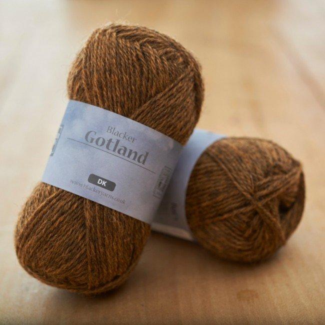 Pure Gotland DK Lightning orange knitting yarn