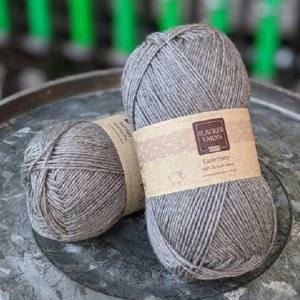 Pure Romney Guernsey Mid Grey yarn
