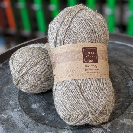 Pure Romney Guernsey Natural light grey yarn