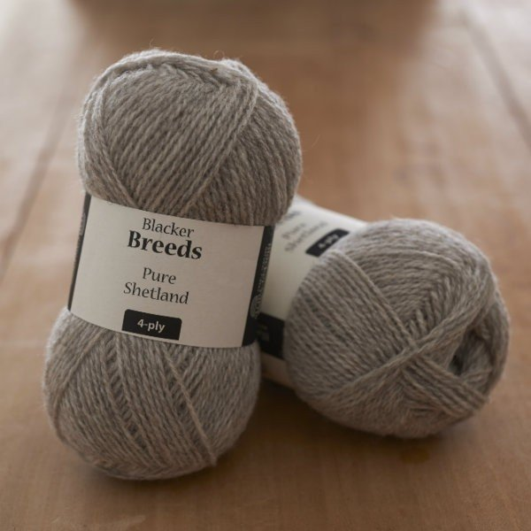 Pure Shetland 4-ply Pale Grey undyed knitting yarn