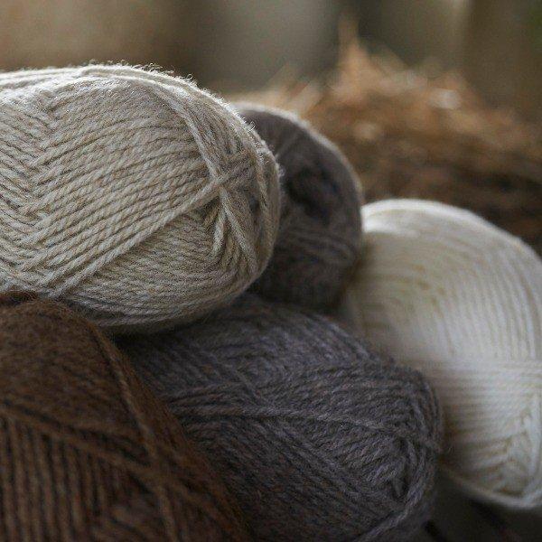 Pure Shetland DK knitting yarn - Blacker Yarns