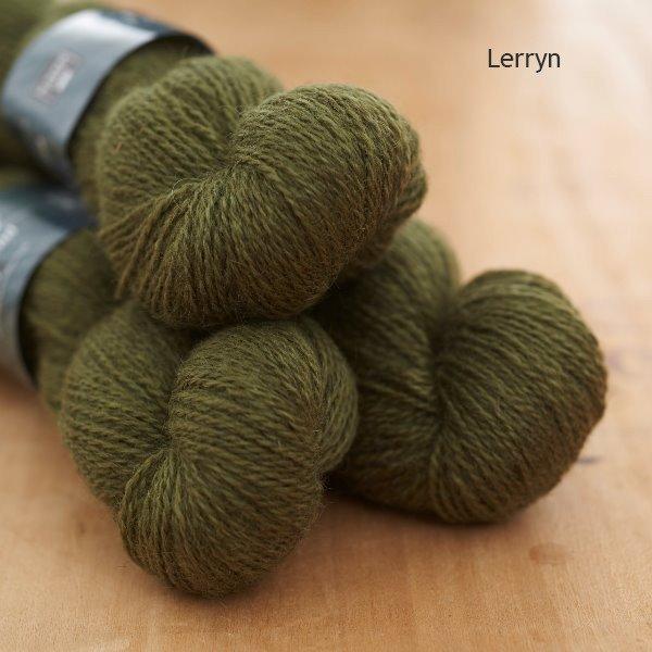 Tamar Lustre Blend 4-ply, Lerryn green