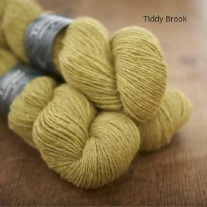 Tamar Lustre Blend DK, Tiddy Brook lemon green
