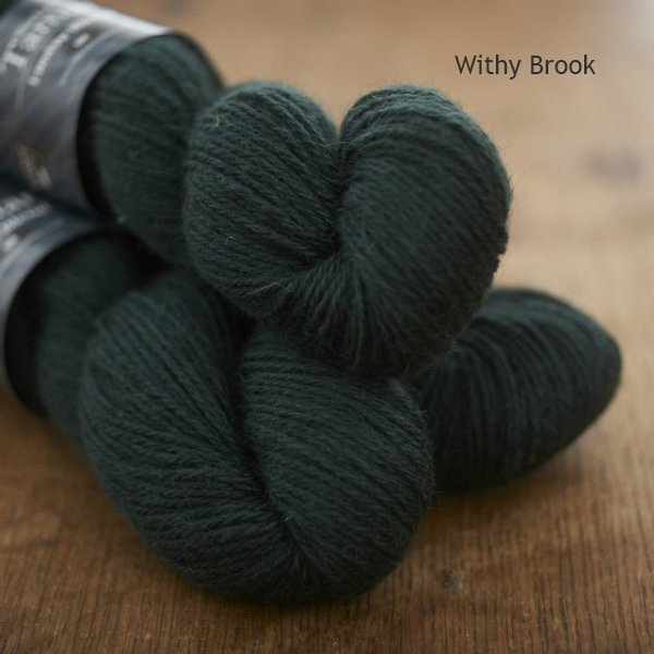 Tamar Lustre Blend DK, Withy Brook deep green