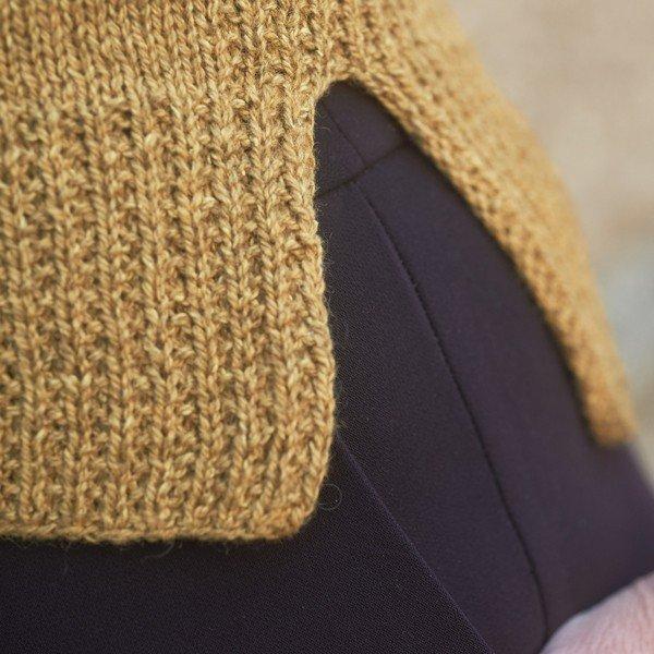 Trym Vest 3 ply Hem Detail - Blacker Yarns