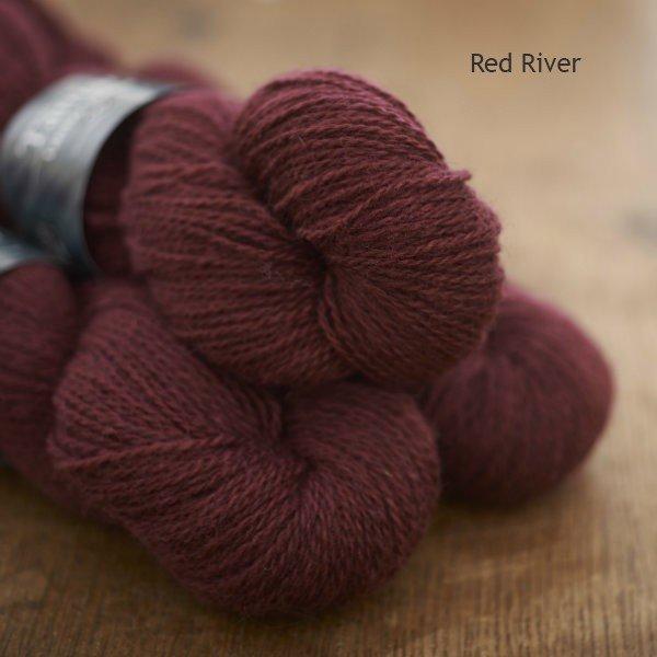 Tamar Lustre Blend 4-ply, Red River deep rose